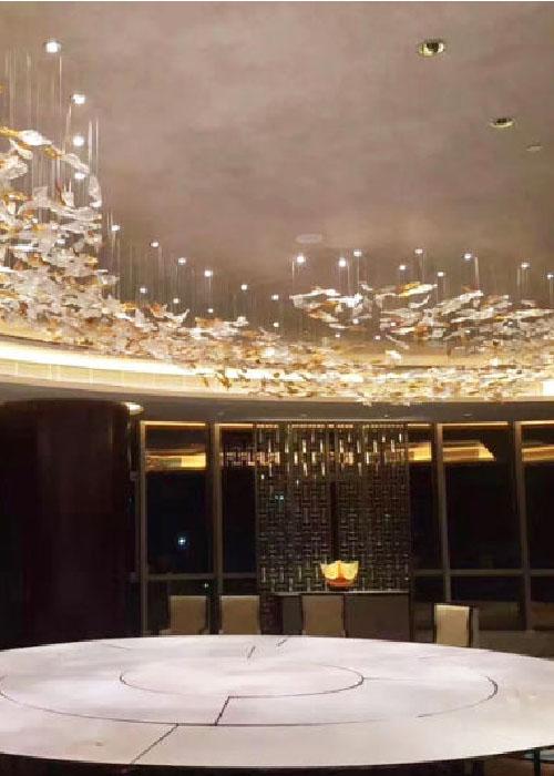 Освещение помещений в отеле. Что о нем нужно знать?